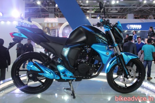 Yamaha-FZ-S-Concept-Facelift-Auto-Expo-pic-9